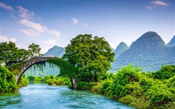 Wallpaper Guangxi Guilin Yangshuo, bridge, river, trees, mountains, beautiful scenery