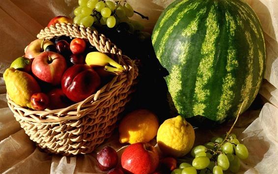 Обои Много видов фруктов, арбуз, персик, виноград, лимон, яблоки, корзина