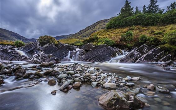 Fond d'écran Montagne, cailloux, ruisseau, eau