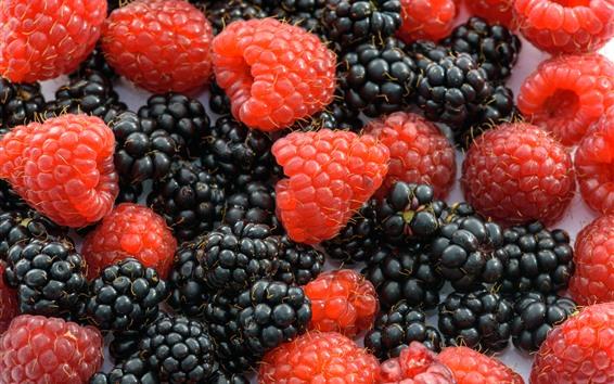 Wallpaper Raspberry and blackberry, milk