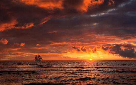 Обои Закат, море, облака, парусник