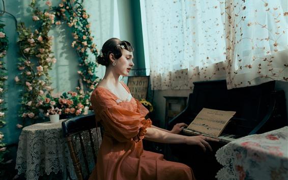 Обои Анна играет на пианино, красивая девушка