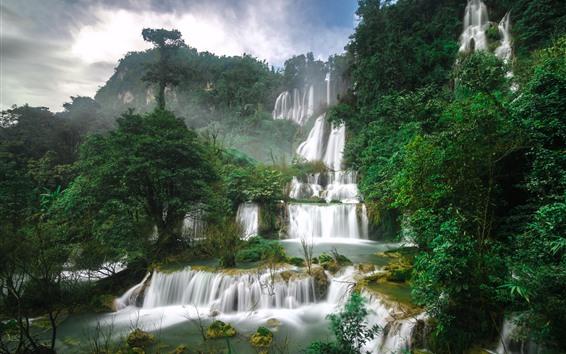 Fond d'écran Belles cascades en Thaïlande