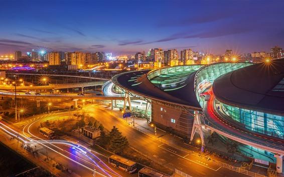 Обои Город ночью, огни, Южный железнодорожный вокзал Пекина, Китай