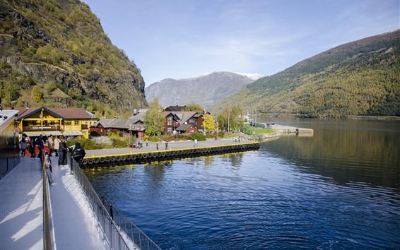 Fond d'écran Norvège, maisons, baie, montagnes, route, personnes