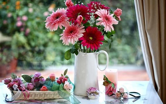 Papéis de Parede Gerbera rosa e vermelha flores, rosas, vaso