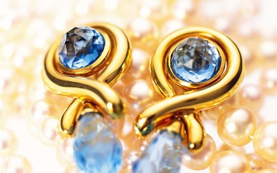 Wallpaper Earrings, pearls