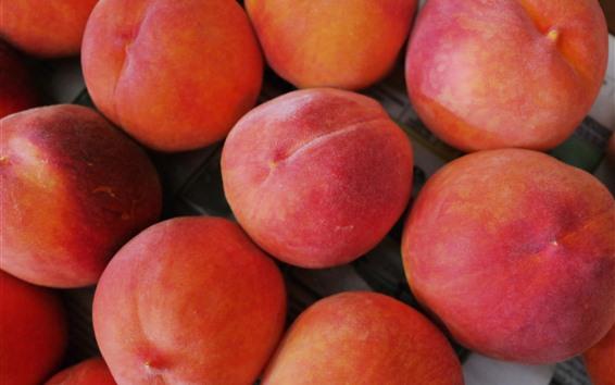 Обои Фрукты, немного спелых персиков