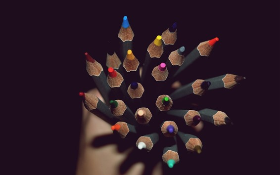 壁紙 カラフルな鉛筆、ポイント、暗闇
