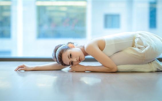 Hintergrundbilder Asiatisches Mädchen, Tanz, Pose