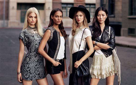 Wallpaper Four beautiful fashion girls