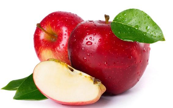Обои Свежие красные яблоки, белый фон