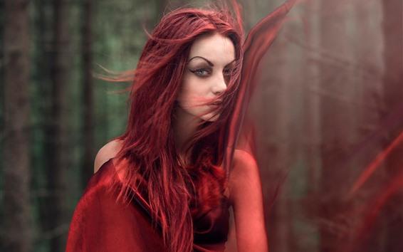 Fond d'écran Fille cheveux roux, vent