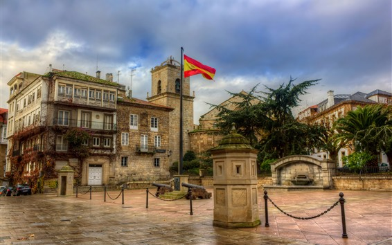 Wallpaper Spain, square, city, houses, flag, clouds