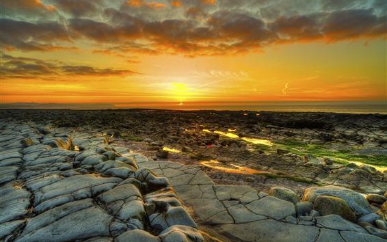 Fondos de pantalla Puesta de sol, mar, rocas, anochecer, costa