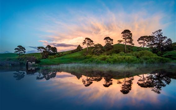 Обои Деревья, холмы, озеро, отражение воды, небо, закат
