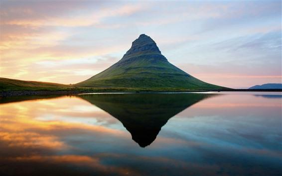 Обои Исландия, гора, вода отражение, озеро