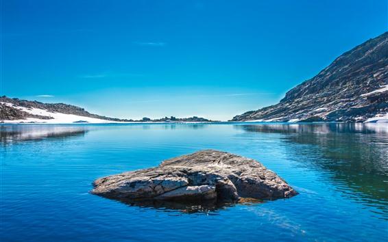 Обои Озеро, скалы, снег, остров, горы, голубое небо
