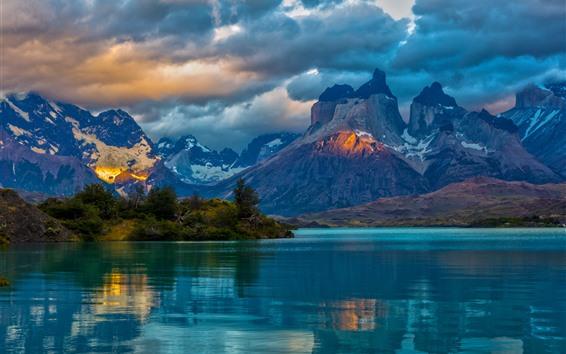 Wallpaper Argentina, Patagonia, lake, mountains, clouds, water reflection