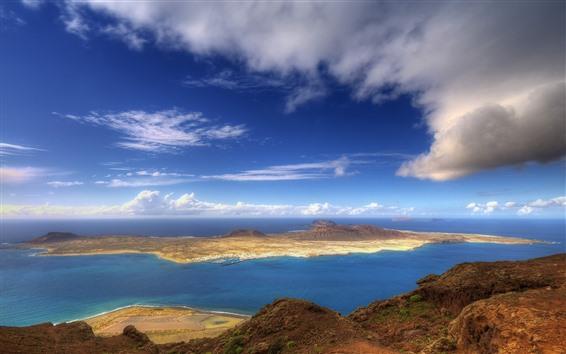 Обои Море, остров, облака, природа пейзажи