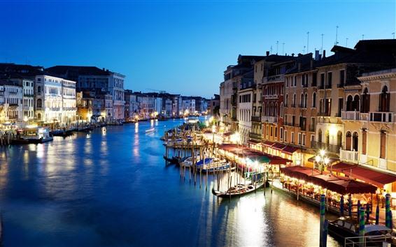 Fondos de pantalla Hermosa Venecia, noche, ciudad, río, luces, barcos