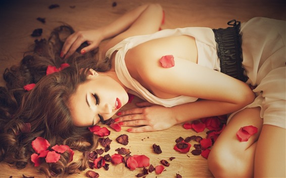Wallpaper Beautiful girl sleep, rose petals