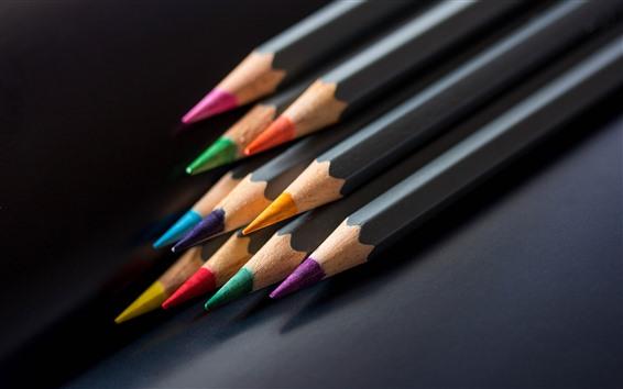 Fond d'écran Crayons colorés, fond noir