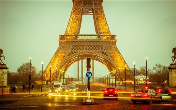 壁紙 エッフェル塔、道路、車、ライト、夜