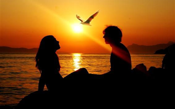 Fondos de pantalla Amantes, pareja, silueta, pájaro, puesta de sol, mar