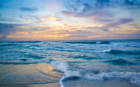 Fondos de pantalla Mar, olas, espuma, playa, nubes, puesta de sol