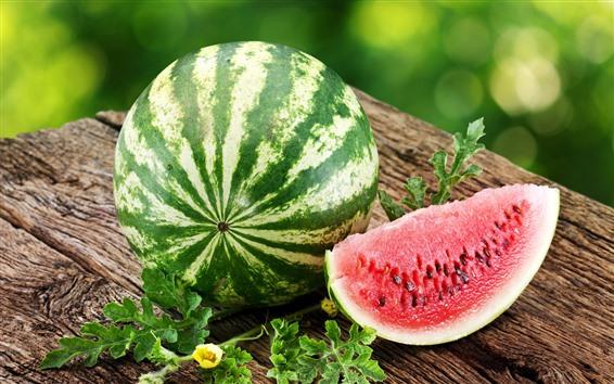 Обои Летние фрукты, арбуз, зеленые листья