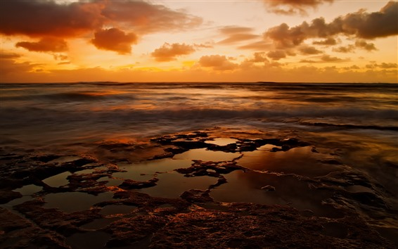 Fond d'écran Coucher de soleil, nuages, mer, côte, ciel