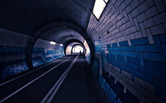 壁紙 トンネル、レンガ、照明、道路、人