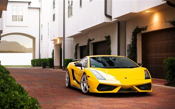 壁紙 黄色のランボルギーニスーパーカー、ヴィラ