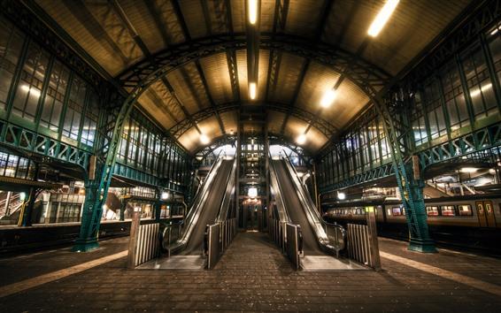 Fond d'écran Escalator, gare ferroviaire