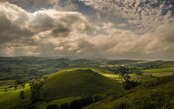Обои Зеленые холмы, поля, деревья, облака