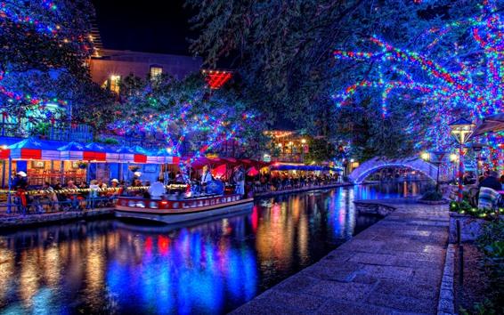 壁紙 休日、美しいライト、木、川、ボート