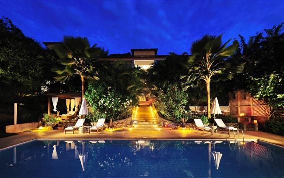 Fondos de pantalla Hotel, piscina, luces, palmeras, noche