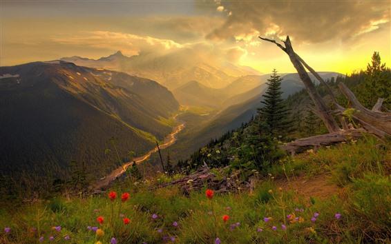 Fondos de pantalla Montañas, río, nubes, rayos de sol, mañana