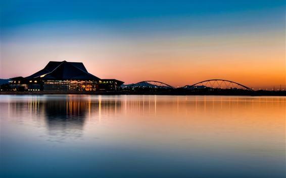 Fond d'écran Bâtiments, pont, lac, nuit, réflexion de l'eau