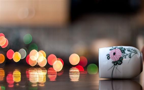 Wallpaper Cup, light circles, water reflection