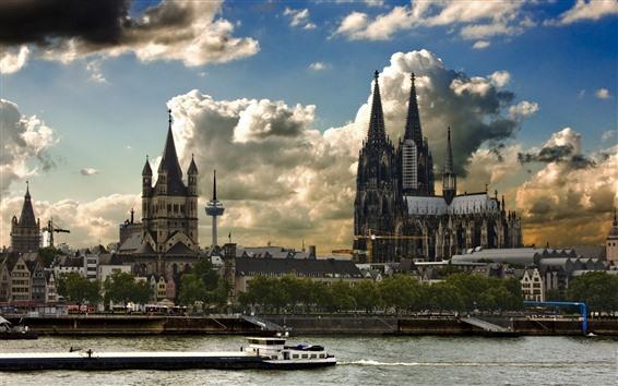Обои Германия, Кельн, здания, река, лодка, город, облака, сумерки