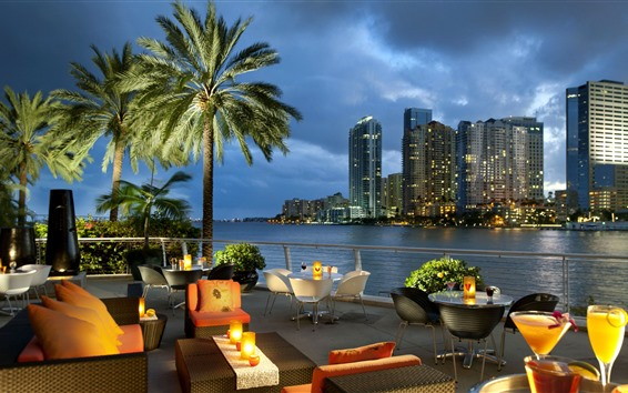 壁紙 マイアミ、カフェ、川、高層ビル、夜、ライト、ヤシの木、米国
