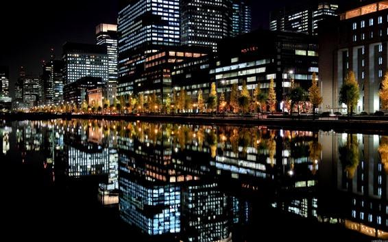 Fondos de pantalla Ciudad, noche, edificios, luces, río, reflejo del agua