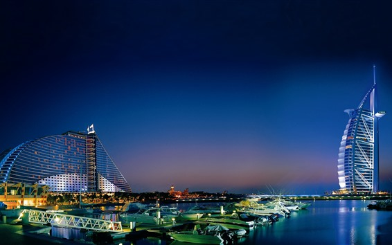 Обои Дубай, ночь, небоскребы, огни, река, лодки, отель