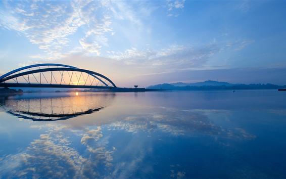 壁紙 川、橋、霧、日の出、朝、青空