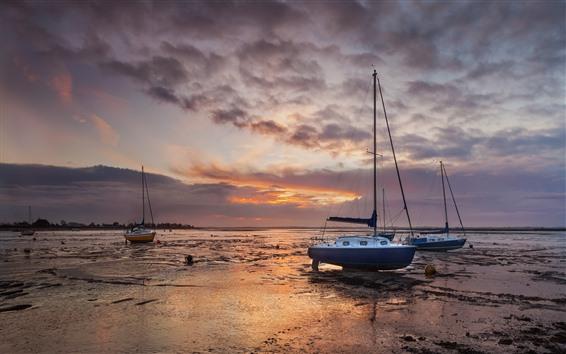 Fondos de pantalla Barcos, costa, río, nubes, puesta de sol
