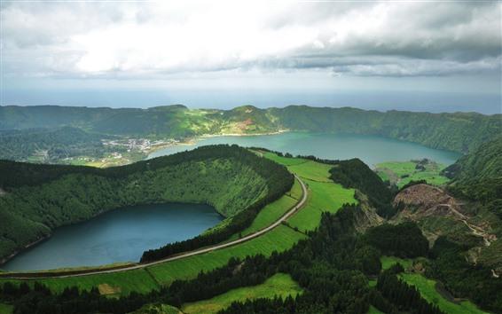 Обои Вид сверху, горы, деревья, озеро, зелень, поля, город