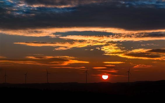 Papéis de Parede Moinho de vento, pôr do sol, céu vermelho, nuvens, silhueta