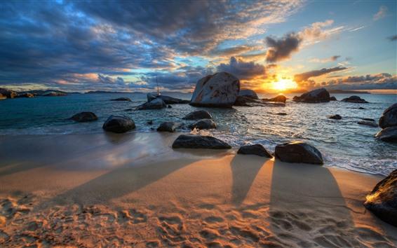 Fondos de pantalla Playa, arenas, rocas, mar, puesta de sol, sombra